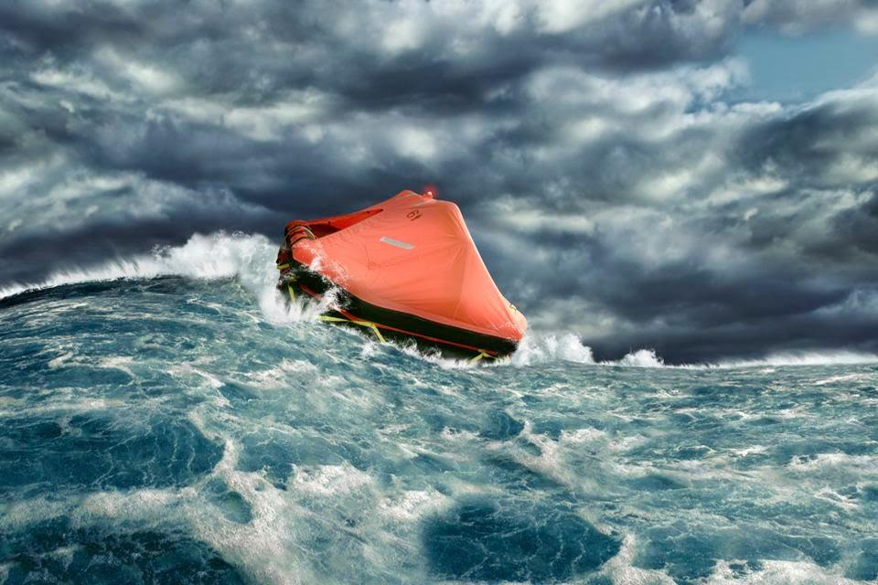 life-raft-in-ocean