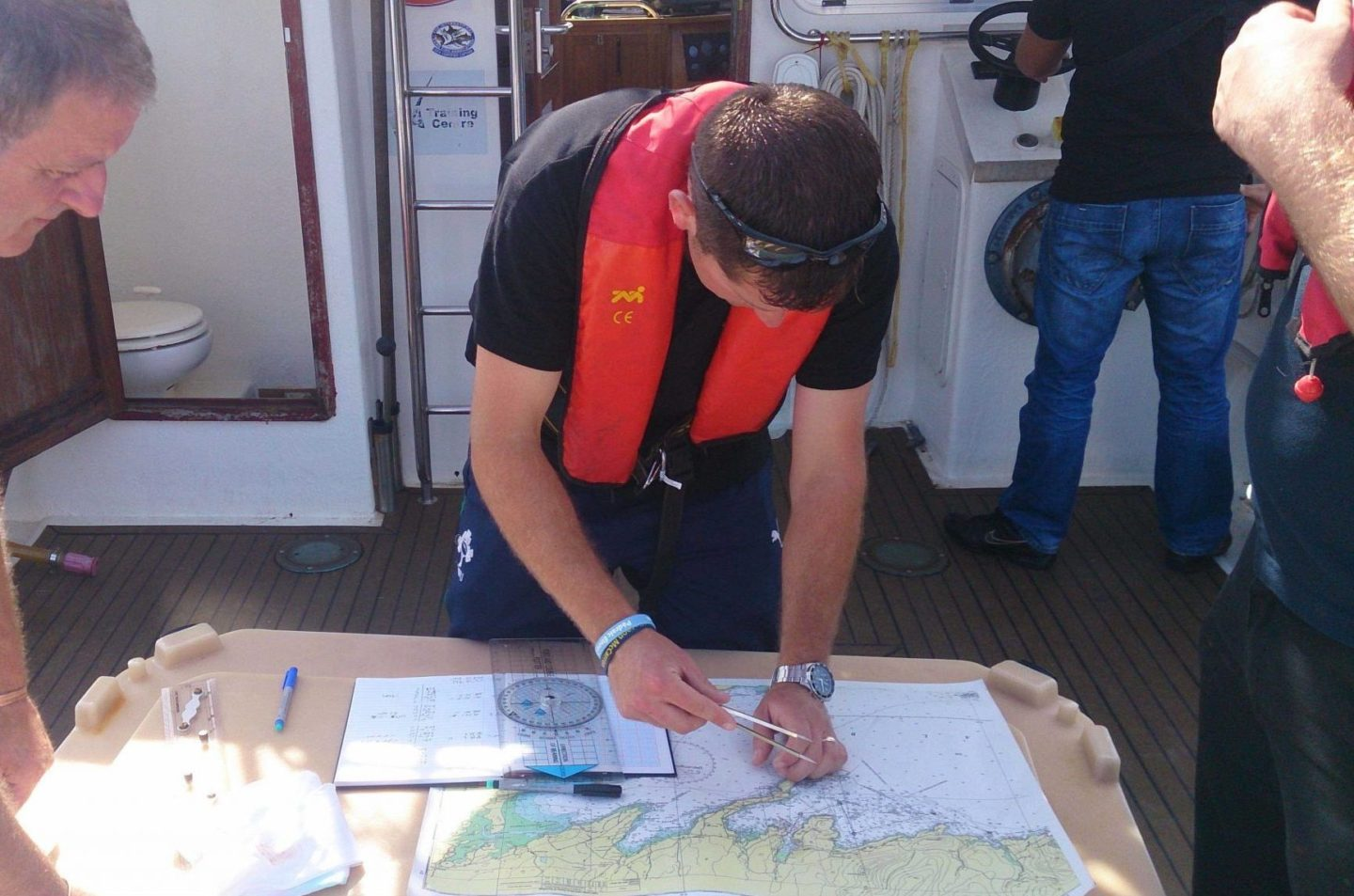 Yachtmast Offshore chart work